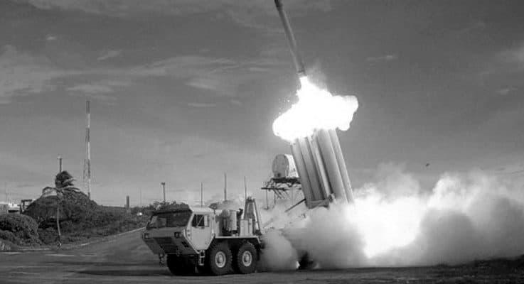 Rusya, İsrail jetleri için 'av sahası' kuruyor: S-300'ler Suriye yolunda